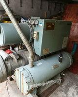 出售二手冷水机组,五十匹日立螺杆机转让二万二千元。原装机