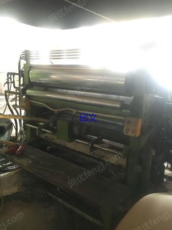 出售1.4米广东万联单面瓦楞纸板厂生产线一条