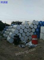 出售江西长期回收废吨桶、废塑料桶、铁通