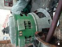 出售200千瓦24极发电机配ZD760一120水轮机