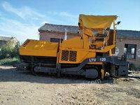 内蒙古巴彦淖尔出售1台三一LTU120摊铺机摊铺机