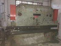 南京第二轻工机床100吨X3.2米折弯机一台, 南京第二轻工机床6X3.2米剪板机一台出售,