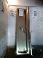 304不銹鋼水槽一個規格1800x600一臺出售
