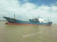 转卖二手水船550吨,7米宽长49米深4米,新主机8190型1100马力,8寸油泵和油表两套,用过10个月!