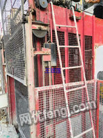 二手建筑施工电梯出售