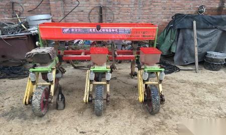 种植施肥机械出售