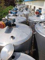 处理一批5吨发酵罐调配罐卧式30立方不锈钢储罐