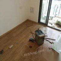 大量回收出售强化地板实木地板防腐木