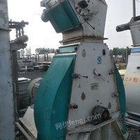 江苏徐州出售6台132千瓦饲料粉碎机、价格低廉、还有其他饲料厂设备