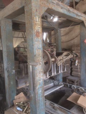 免烧砖厂出售免烧砖机1套,有图片
