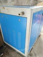 包装材料厂出售11千瓦螺杆式空气压缩机1台,带图片