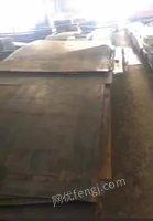 出售-6厚钢板,长2-6米,材质235,100吨货,货在江苏