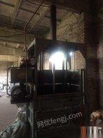 黑龙江哈尔滨转让立式打包机,卧式打包机,卧式金属打包机。货发全国。