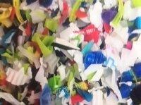 出售大白里面的瓷白破碎料,色盖破碎料,