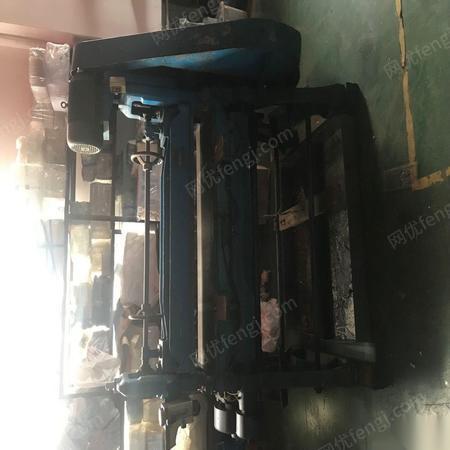 上海奉贤区由于公司更换了新的设备,吸塑产品3台冲床出售