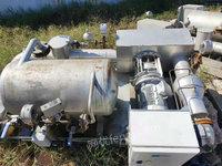 出售二手光伏组件油泵小号2台,大号4台
