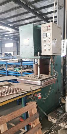 河南商丘 闲置二手硫化粘结机 冷却机全套出售