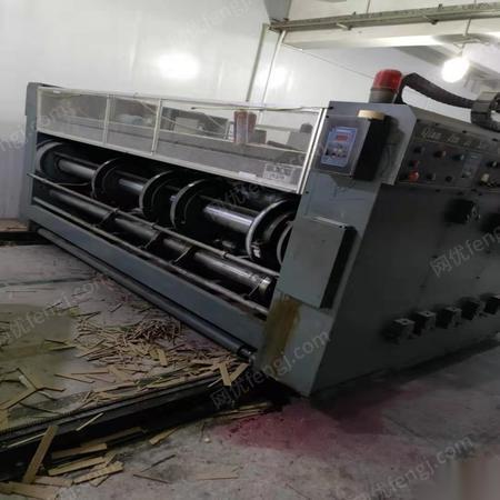 深圳纸箱厂全套设备转让,印刷机,分纸机,切角机,钉机,打包机