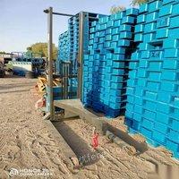 北京房山区塑料卡板 地牛托盘 低价处理,塑料托盘五百个