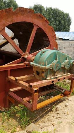 山东枣庄出售三排水轮出售 带大减速机 1.7万元