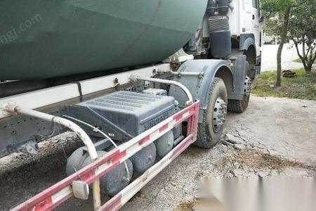 液体槽罐车回收