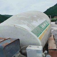 河南洛陽低價處理水泥攪拌車兩臺 1萬元