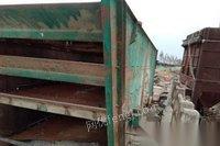 山东临沂急卖石料场设备,除尘,振动筛,小箱破。