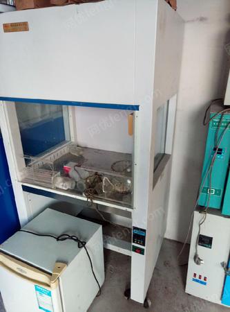 山东济宁出售3台超净工作台二手仪器设备500元