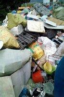 急需高价大量上门各种废纸,书纸,报纸,纸箱,各包装纸,等