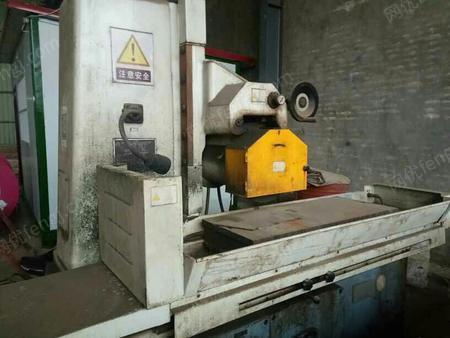 处置积压一级设备平面磨及压瓦机