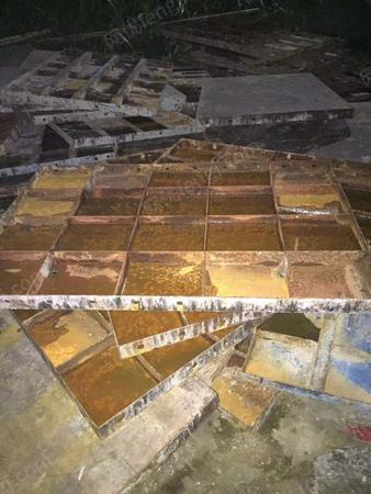 工地完工,出售1.2*1.5的钢模板,现在有两百多块,在湖南株洲