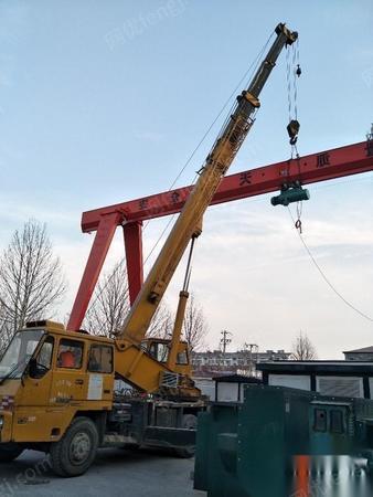 出售二手东岳25吨吊车