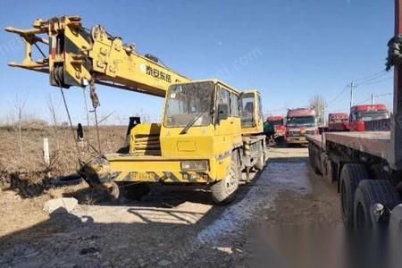 处理旧东岳12吨吊车
