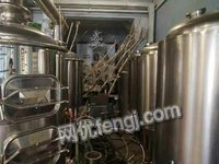 高价收购二手自酿啤酒设备  烧烤啤酒屋精酿啤酒设备