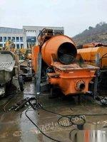 广西北海转让搅拌拖泵准新泵,工作95小时,全液压版