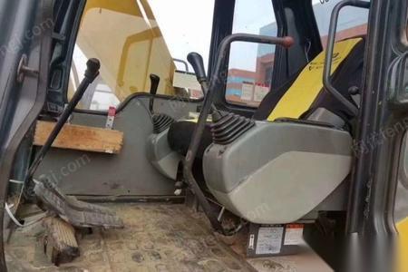 湖南长沙出售小松120-6e挖掘机-140000元纯进口车辆车况良好