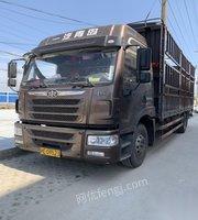 上海宝山区转让货车龙vh220马力苍蓝上路14万