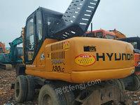 上海金山区出售1台现代130轮挖二手挖掘机市场二手挖掘机155000元
