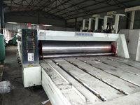 出售上海奔欣四色开槽印刷机34000*1800,电动相位,同步调刀,带挂版槽