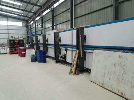 出售聚氨酯外墙防火保温节能板建材大型设备一套
