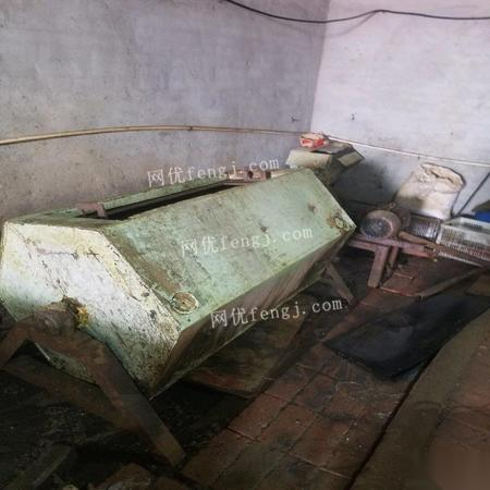 天津河东区二手电镀设备,8成新 30000元出售 全新的,用了3个月正在干着的