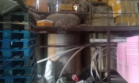 黑龙江哈尔滨急售4个不锈钢罐两个玻璃钢罐.3米.价格面议