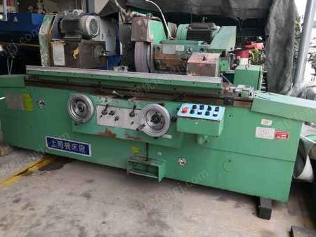 刚买下上海M1332B*1000外圆磨床一台,机器漂亮!保证精度!