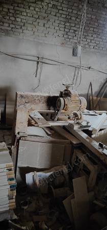 瓷砖加工切割厂出售瓷砖切割机2台.具体看图片,