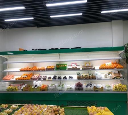 上海闵行区打包出售9成新风幕柜2个 合计5米  25000元