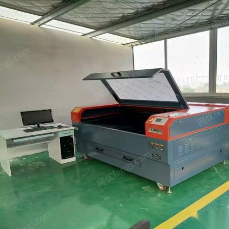 上海青浦区由于工厂经营不善,处理有机玻璃制品制作一套设备150000元,9成新,没怎么用