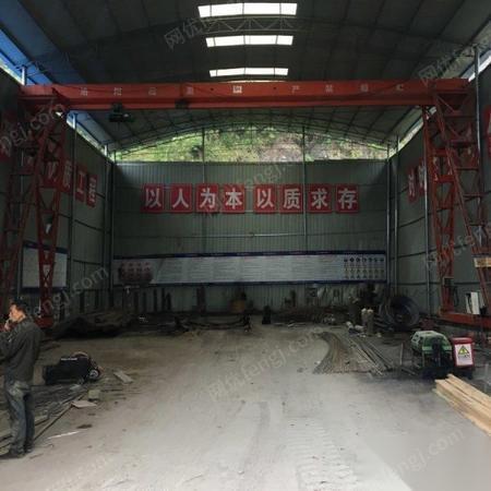 湖北恩施1台16米宽 高9米,5吨龙门吊出售需要的联系 出售价40000元 可议价