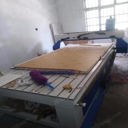 重庆江北区转让1325广告木工用雕刻机一台 出售价11000元
