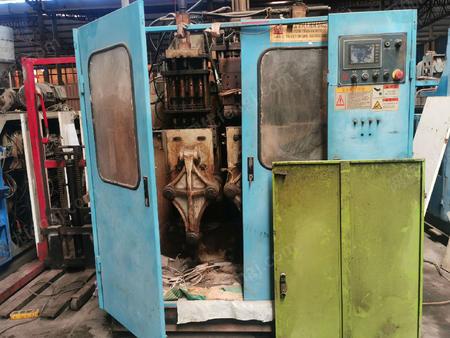 山东淄博出售同大2L双工位四模头60机1台