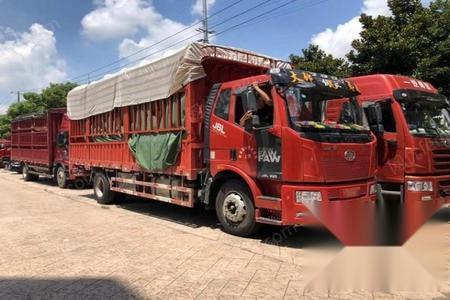 上海宝山区出售解放6.8米高栏国5 8.8万元